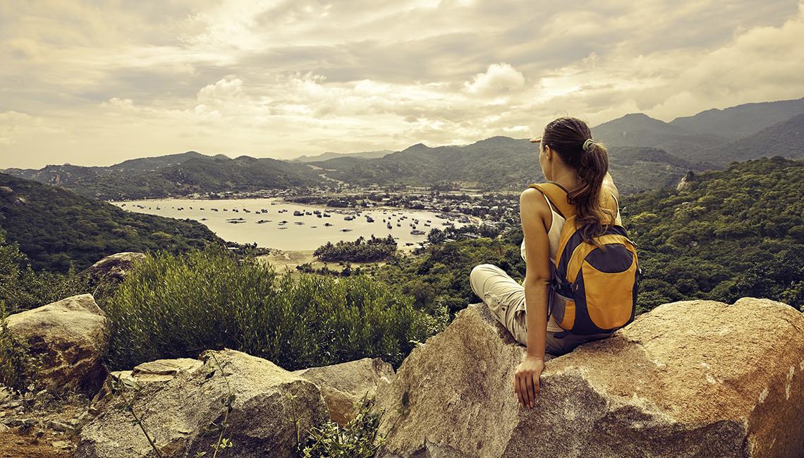 goal getter - travel solo female